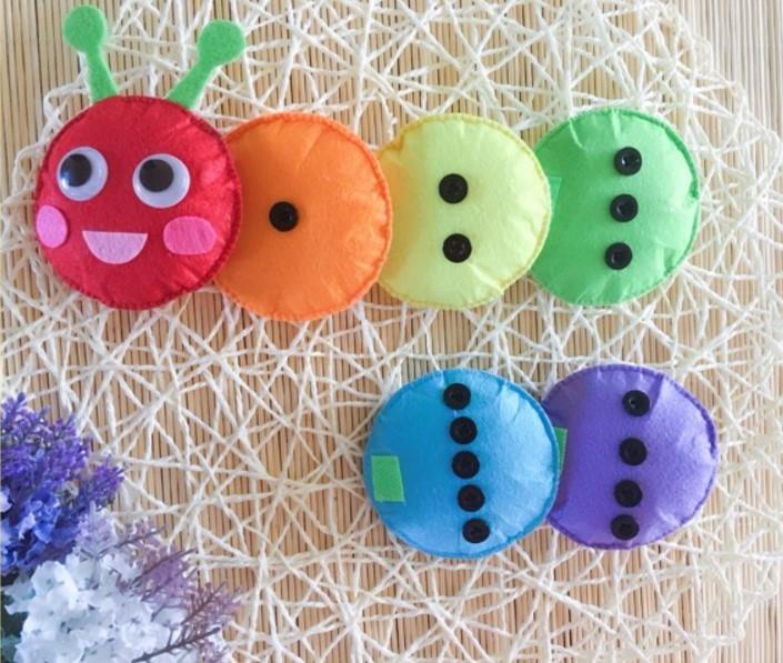 幼儿园玩教具纯手工制作不织布可粘贴纽扣五彩毛毛虫